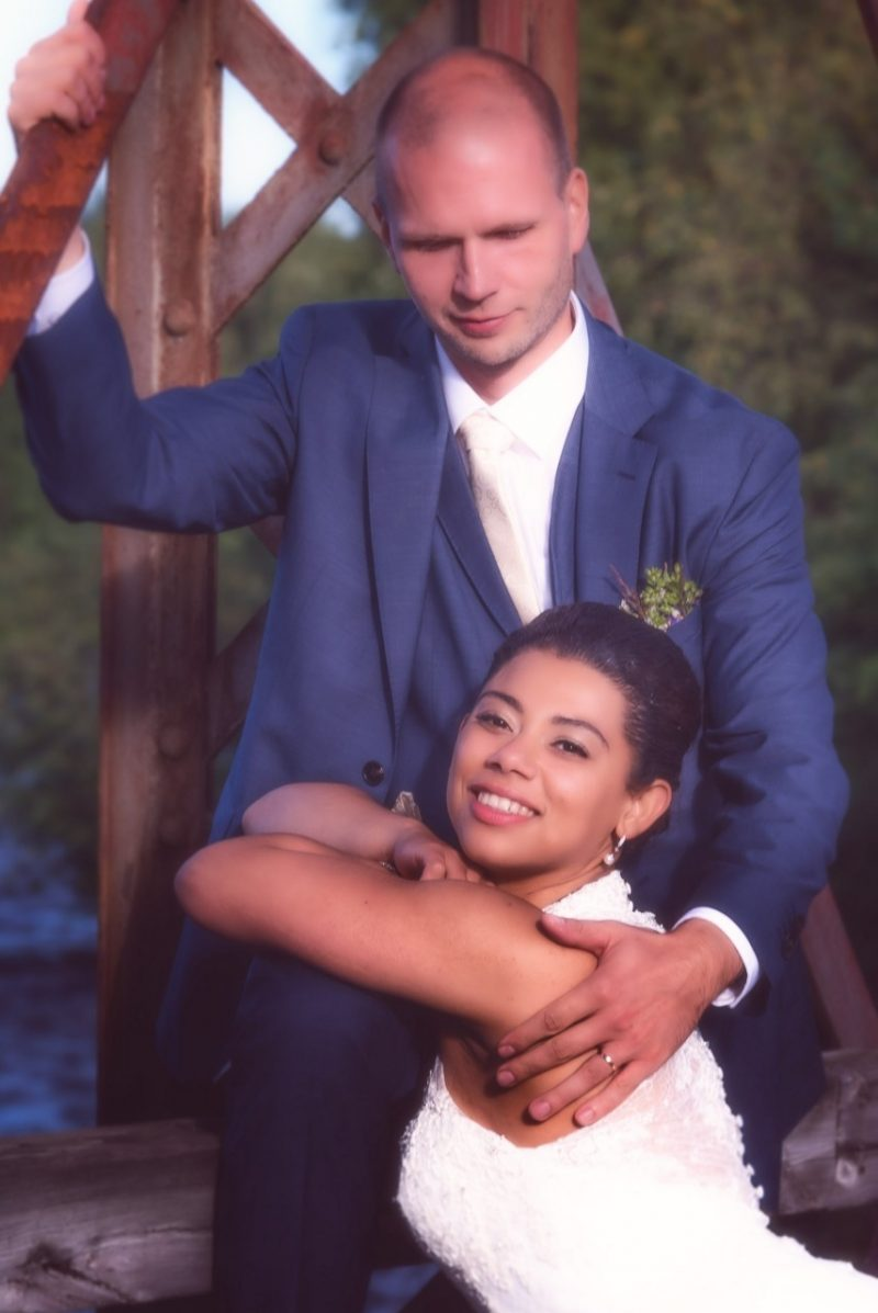 Marry posing