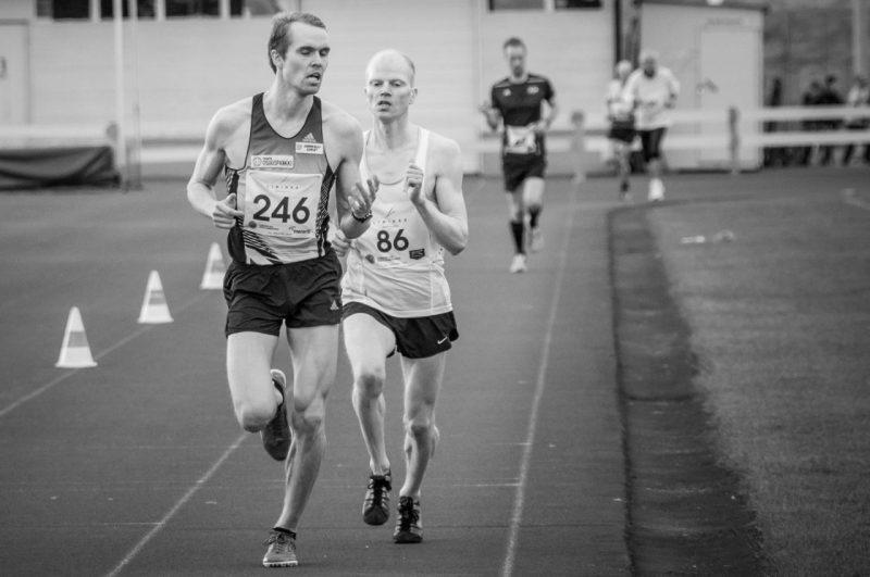 Runner 246